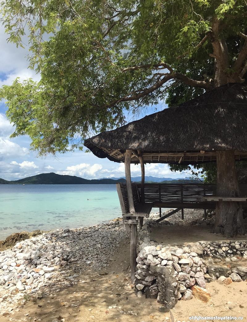 besedka-dlya-obeda-ostrov-cheron-philipiny