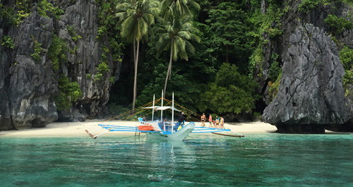 El Nido Caves and Coves Day Trip
