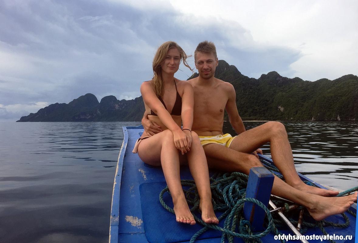 Настя и Андрей во время лодочного тура на Палаване