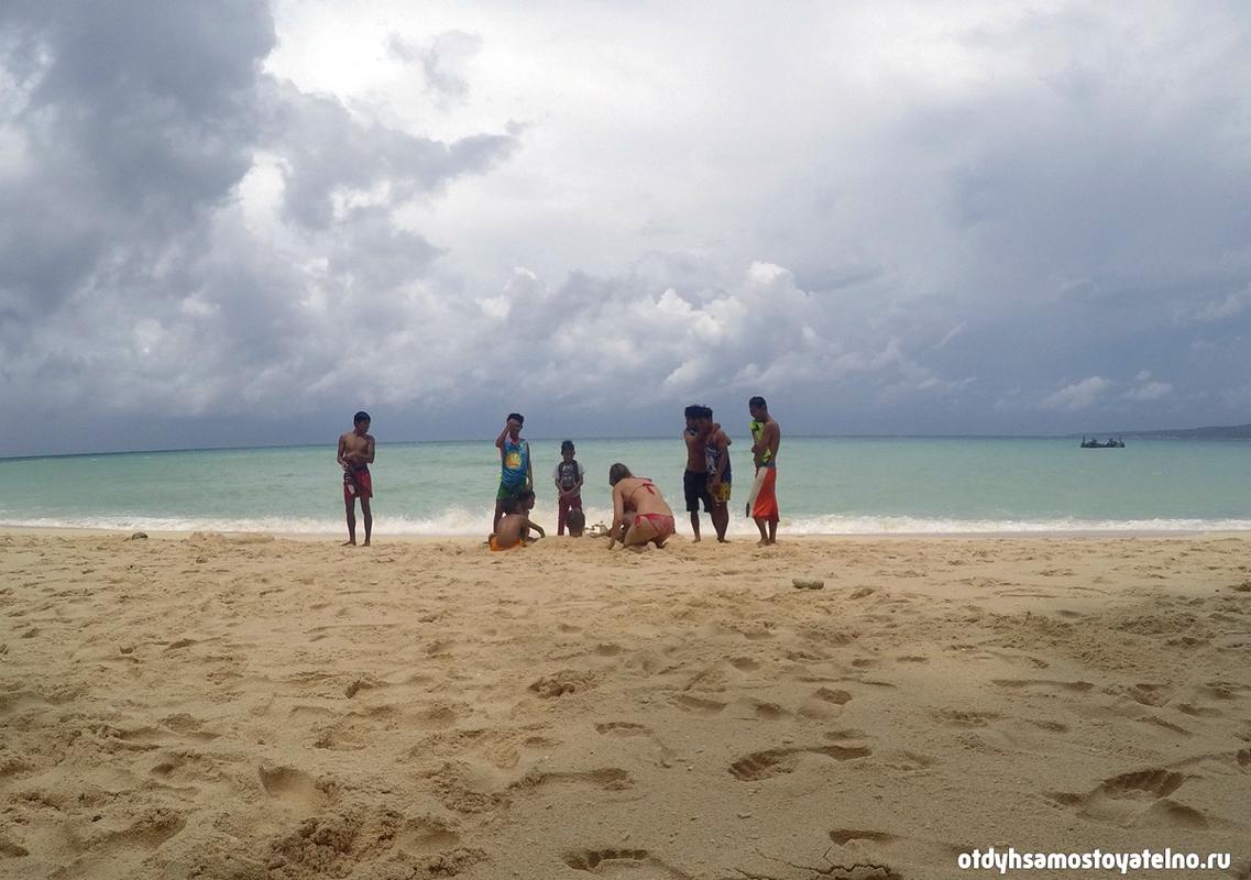 boracay_puka_beach_2018
