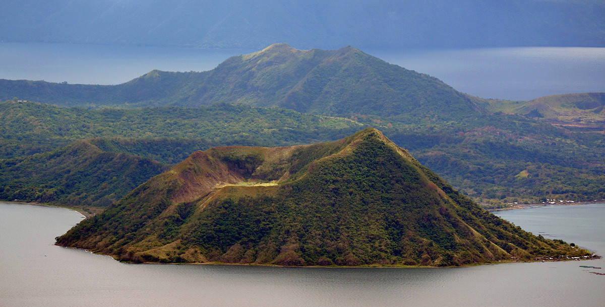 вулкан Тааль на Филиппинах