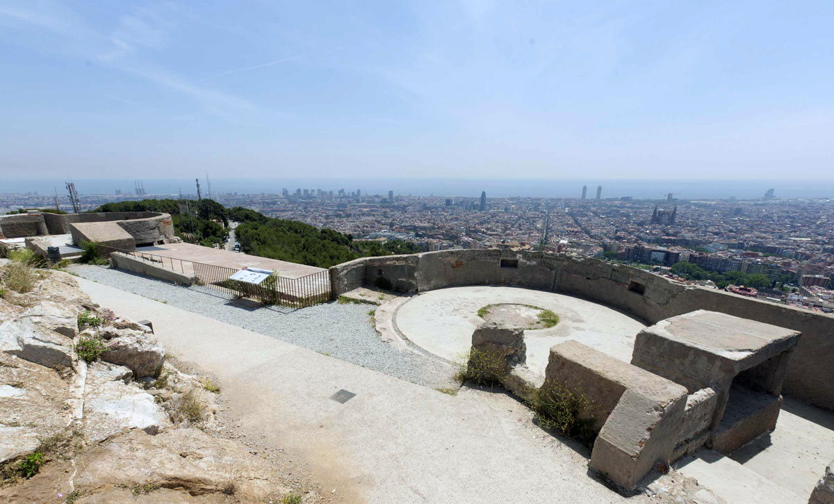 Бункер Эль Кармель - достопримечательность Барселоны времен военных действий на этой территории Испании. Отсюда получаются невероятные фото на Барселону