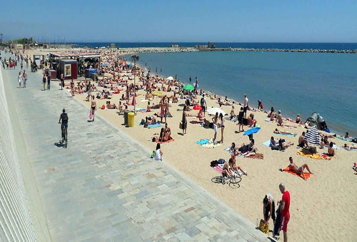 Пляж Марбелья в Барселоне