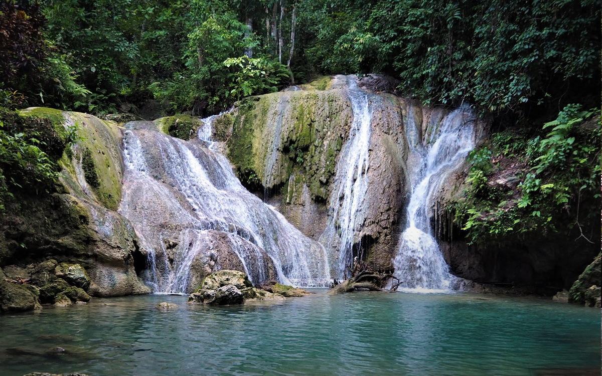 Водопады Кинахуган