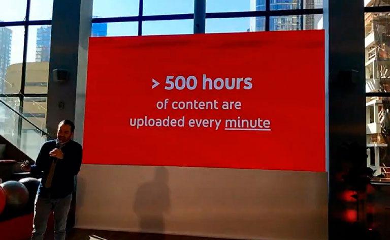 500 часов загружается в youtube каждую минуту
