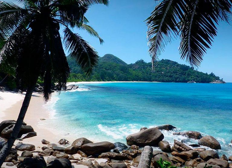 пляж anse intendance сейшелы маэ