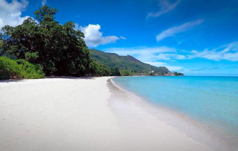 пляж beau vallon сейшелы маэ