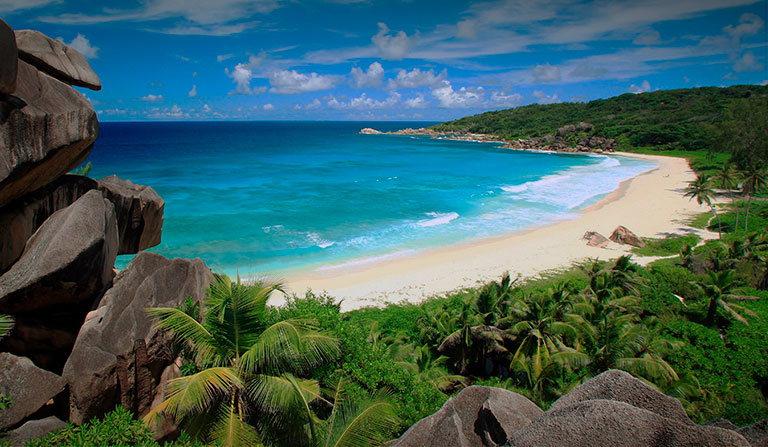 пляж grand anse сейшельские острова ла диг
